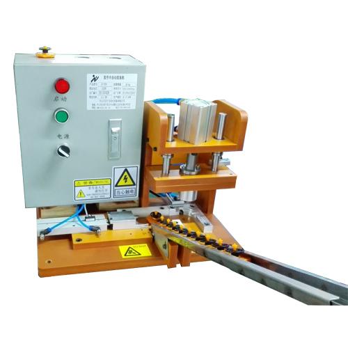 LN-034ZZ胶件半自动组装机